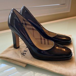 Burberry | Black Pumps w/ Thick Heel (8 US)